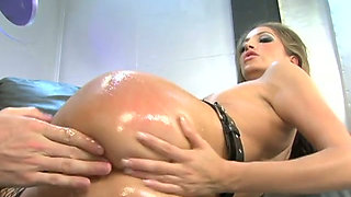 Impossibly seductive Jenna Haze gets her tight anus worked over