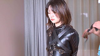 fx-tube.com Catsuit girl is gag in a variety of ways