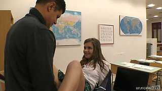 Lovely coed chick Renata Fox provides her tutor with awesome rimjob