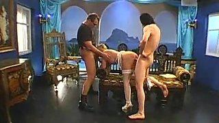 melanie big tits dances for spunk