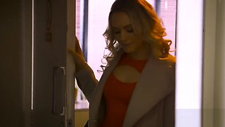 Private.com - British babe Sienna Day fucks her boss