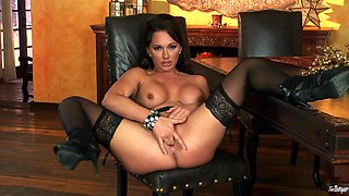 Goddess Destiny Dixon Fingers Her Own Pussy In A Solo Model Clip