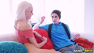 emma hix gets clit rubbed and slit licked by juan