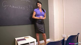 Horn-mad tutor Shelly flashes her big boobs and awesome big clit