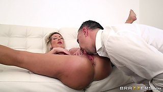 Tylo Duran is a hot blonde who wants to feel an engorged boner