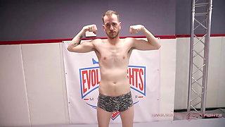 Cheyenne Jewel wants the Win wrestling against Chad Diamond
