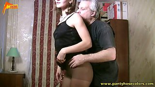 Old jerk gets his cock sucked by his new sexy lover
