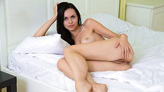 Yani Yani in Gracefully Sexy - Nubiles