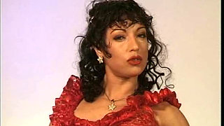 Sexy MILF fucked in vintage scene