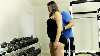 workout mom's pussy