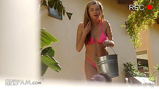 Cute babe Carolina Sweets gets her pussy plowed by the pool