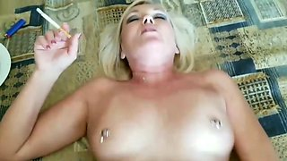 Smoking mature fuck