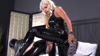 Latex Pegging Mistress