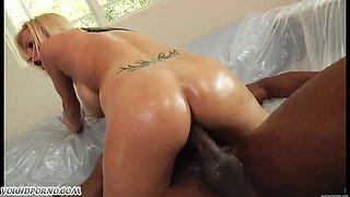 American blonde Haley Cummings anal hardcore