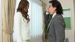 Fabulous Japanese model Leila Aisaki in Crazy Fingering, Cunnilingus JAV scene