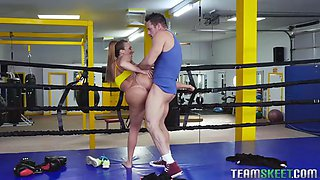big strong milf richelle ryan fucks boxing trainer for knocking him out