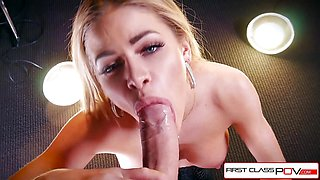 Sexy Jessa Rhodes taking a huge cock down her throat