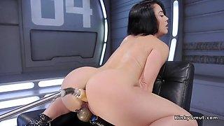Wet ass brunette anal fucks machine