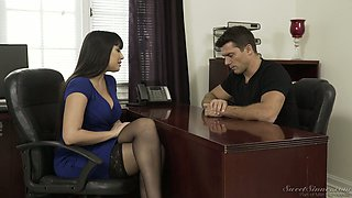 Posh brunet milf Mercedes Carrera is always ready for dirty quickie in the office