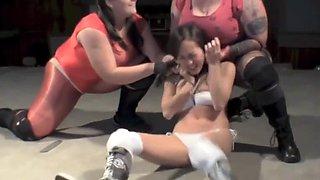 girl wrestling