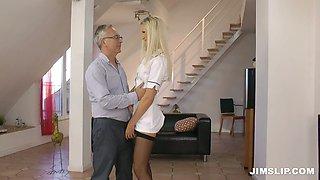 Fantastically seductive blonde nurse Andrea Francis is sucking her patients dick