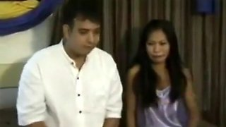 Hot Filipina gets Fucked by Her Lazy Boyfriend