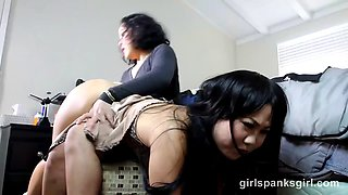 lola spanked by mother