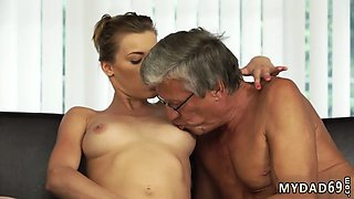 Old men pissing and mature women Sex with her boybosss father after swimming pool