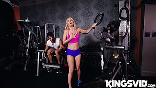 Aaliyah Love In Hot milf At The Gym