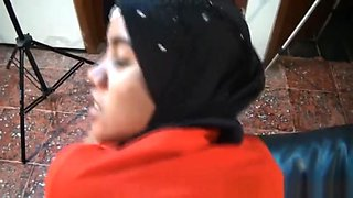 Sinta Muslim Woman having sex with white boss