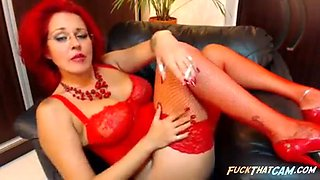 Redheaded milf smoking and teasing on cam for fun