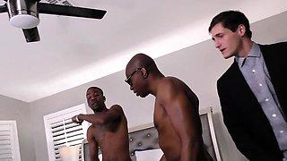 Slut gets bbc creampied