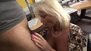 Granny Anett sucks and fucks a delicious cock