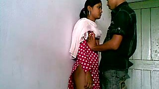 Kinky amateur dark haired Hindu girlie lets her BF eat her hungry twat