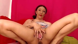 Latina MILF showing her big wet gaping pussy on webcam