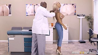 Black doctor gives the meaty chocolate cure to his arousing patient