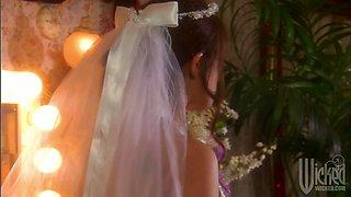 Wedding night with already professional slutty brunette Kirsten Price