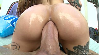 Oiled up big cock invades stretched anal hole of sexy stripper Luna Lovely