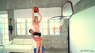 Petite blonde Anastasia Knight wants to feel a hunk's member