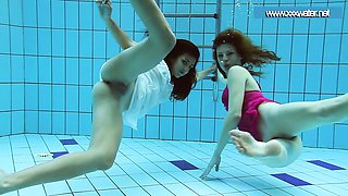Hot underwater teens in the pool
