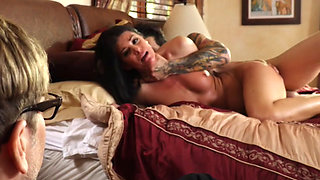 India Summer - Cuckold Family Affair