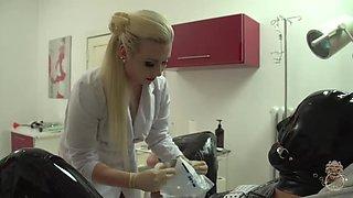 mistress elizabeth sewing