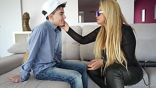 Blonde Bitch Takes Care Of Youngster's Cock @ Nacho's Fucking Amateurs #04: Milfs