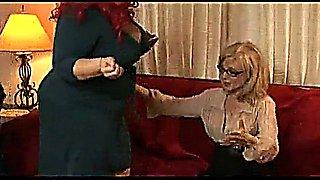 NINA HARTLEY LOVES BIG ASS & APRIL FLORES