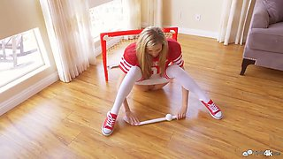 Mischievous teen Carolina Sweets enjoys playing hoсkey and gets her pussy fucked